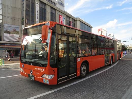 2014.9.14 姫路駅前 神姫バス 連接バス1.JPG