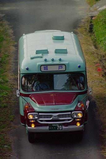 2014.9.29 奈良交通 五新線専用道 奈良交通ボンネットバス6.JPG