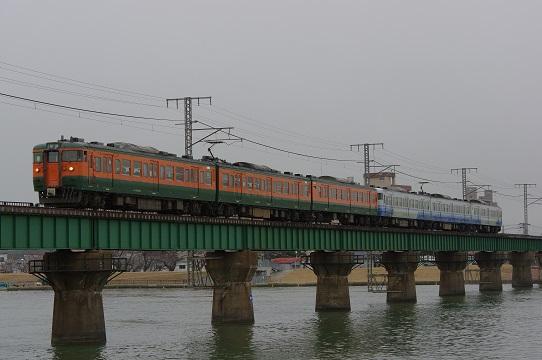 2017.3.2 越後線 新潟-白山 115系湘南色ほか1.JPG