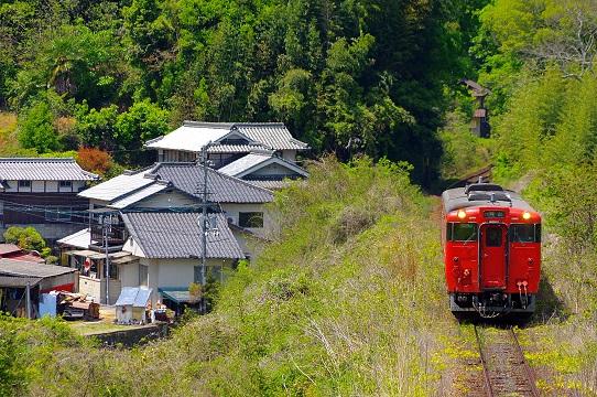 2017.5.4 津山線 野々口-牧山 キハ40系1.JPG