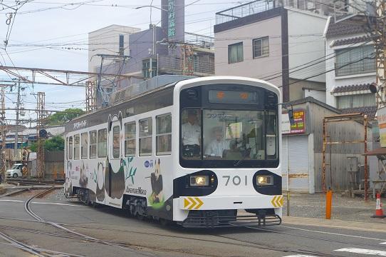 2017.7.1 阪堺阪堺線 住吉付近 パンダ車1.JPG