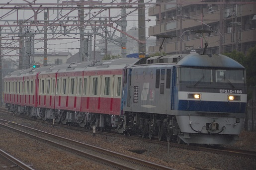2018.1.28 東海道本線 摂津本山 京急1000系甲種1.JPG