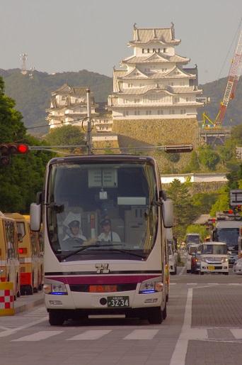 2014.9.14 姫路城バック 阪急バス1.JPG