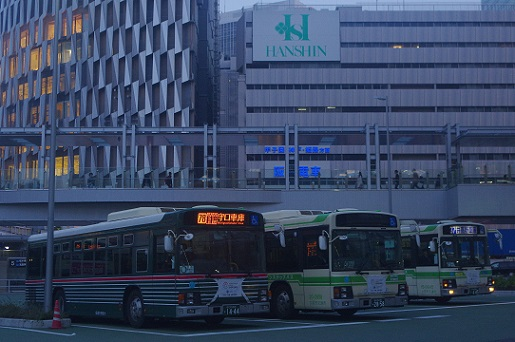 2018.3.24 大阪駅前バス乗り場1.JPG